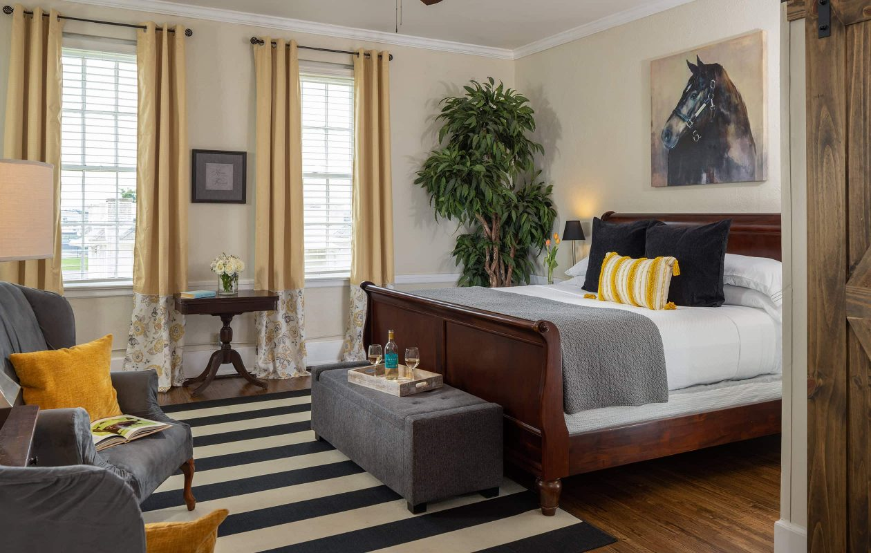 The Wellington room bed at our Pet Friendly West Tennessee Inn