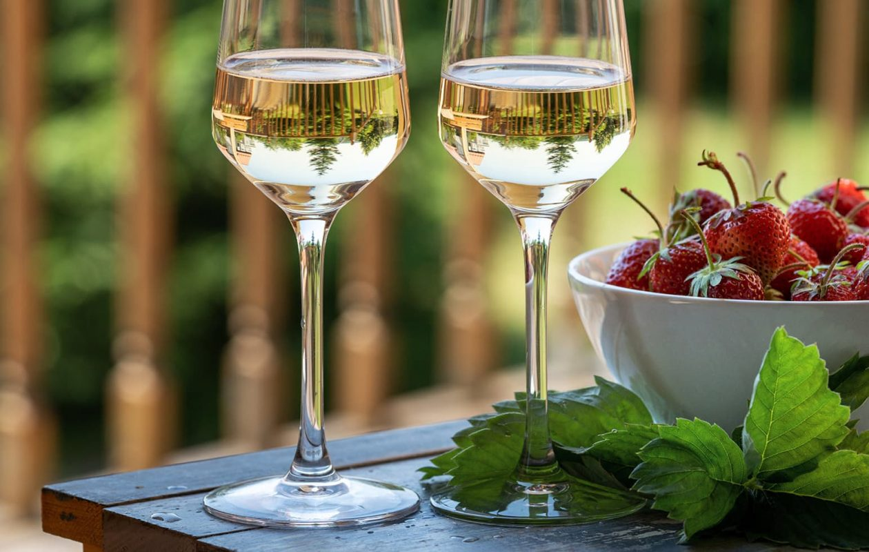 wine and strawberries